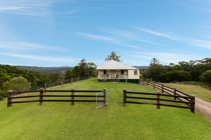 CHARACTER, UNCOMPROMISING CRAFTSMANSHIP AND SPECTACULAR 41 ACRES