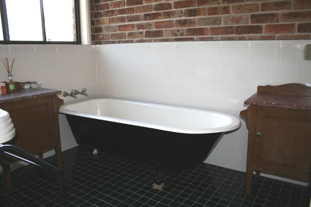 Crawl Foot Bath