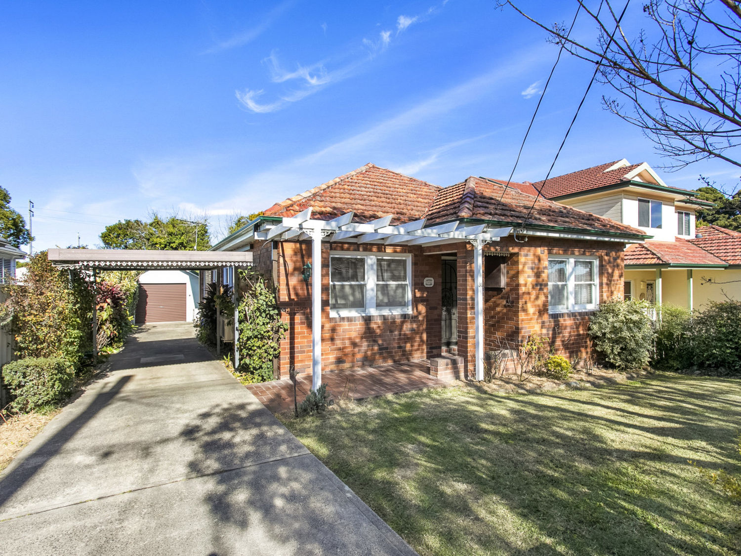 Property in Kingsgrove - Auction On Site 10am 12/8/17